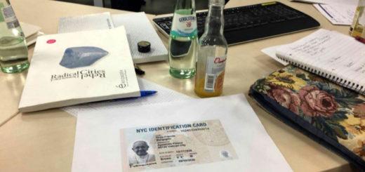 Eine NYC Identification Card beim Workshop (© Postdemocratic Picture Party)